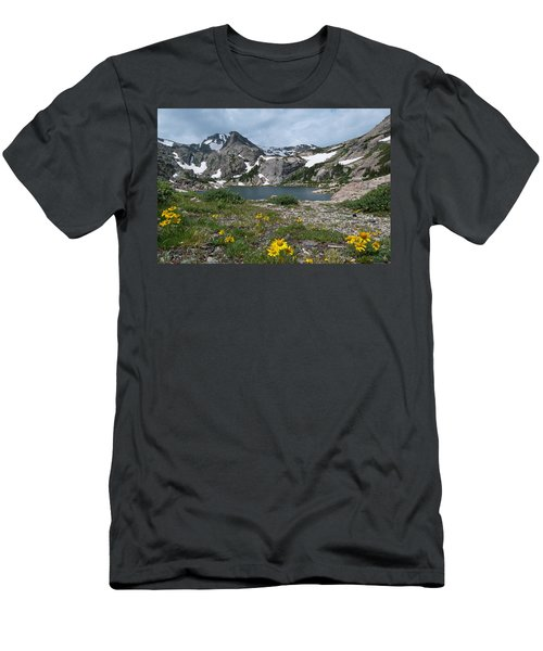 Bluebird Lake - Colorado Men's T-Shirt (Athletic Fit)