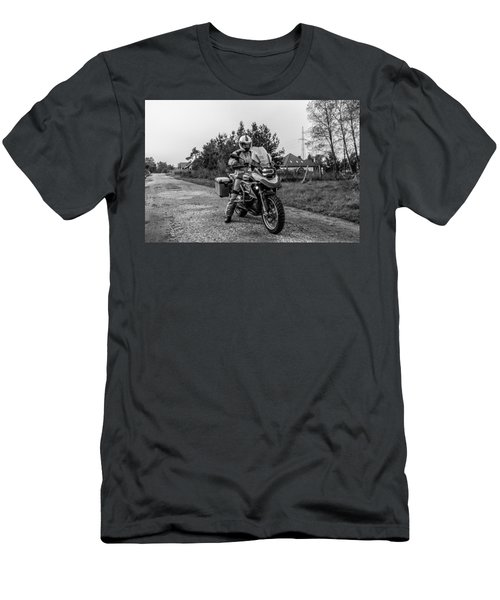 Bmw R 1200 Gs Men's T-Shirt (Athletic Fit)