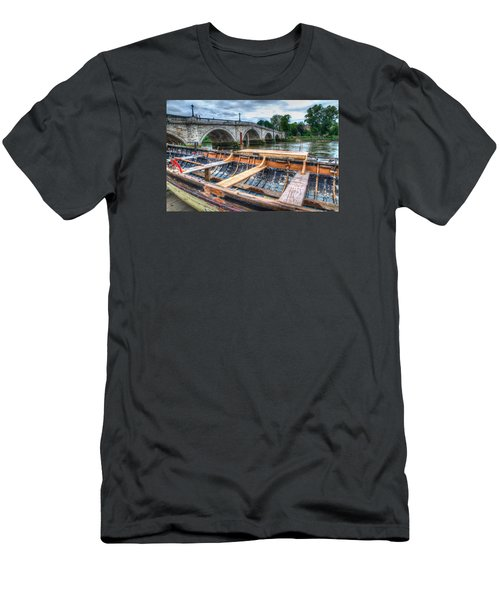 Boat Repair On The Thames Men's T-Shirt (Slim Fit) by Tim Stanley