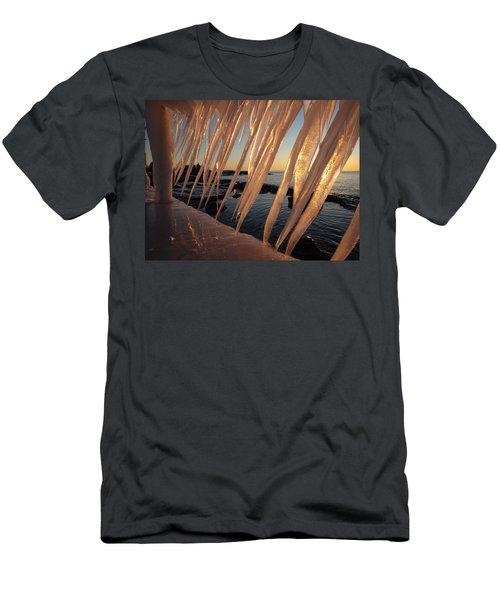 Break Wall Winter Sunrise Men's T-Shirt (Athletic Fit)