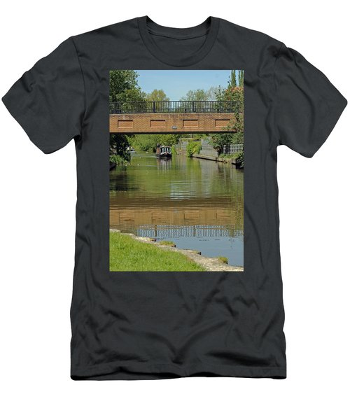 Bridge 238b Oxford Canal Men's T-Shirt (Athletic Fit)