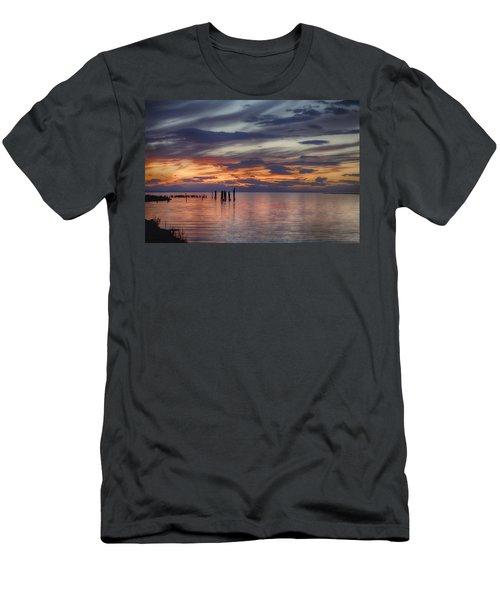 British Columbia Sunset Men's T-Shirt (Athletic Fit)