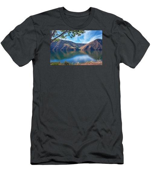 Brownlee Reservoir Men's T-Shirt (Athletic Fit)