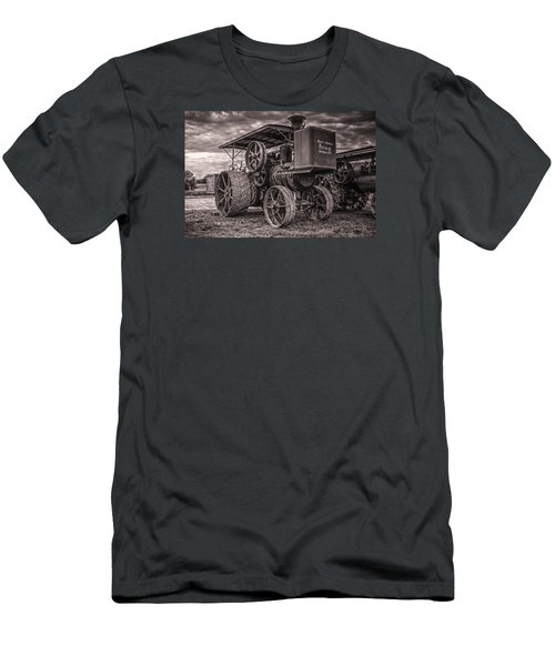 Buffalo Pitts Steam Traction Engine Men's T-Shirt (Slim Fit) by Shelly Gunderson