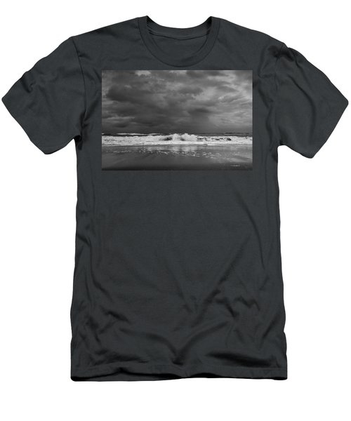 Bw Stormy Seascape Men's T-Shirt (Athletic Fit)