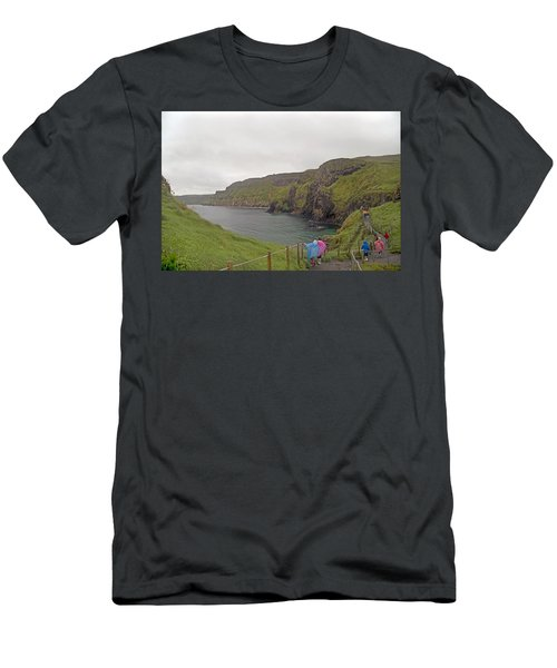 Carrick-a-rede Northern Ireland Men's T-Shirt (Athletic Fit)