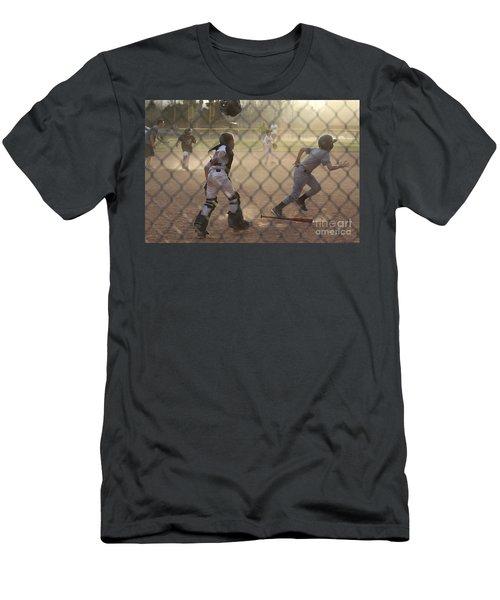 Catcher In Action Men's T-Shirt (Athletic Fit)
