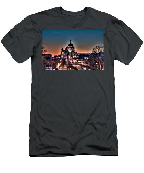 Cathedral Of Saint Paul Men's T-Shirt (Slim Fit) by Amanda Stadther