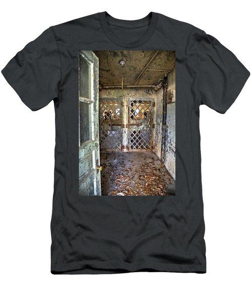 Chain Gang-3 Men's T-Shirt (Athletic Fit)