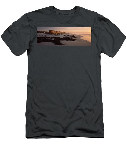 Changing Room Huts On The Beach Men's T-Shirt (Athletic Fit)