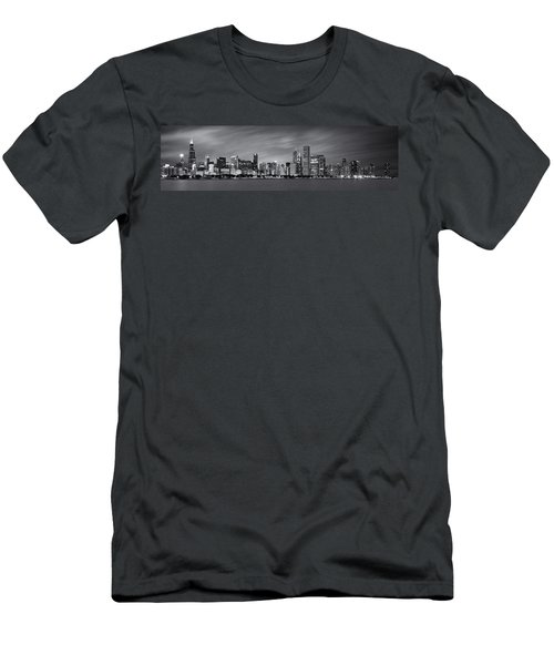 Chicago Skyline At Night Black And White Panoramic Men's T-Shirt (Slim Fit)