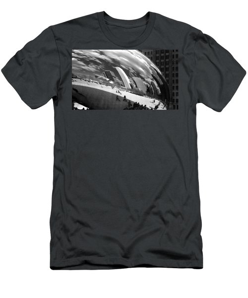 Chicago Skyline Reflected Bean Men's T-Shirt (Athletic Fit)