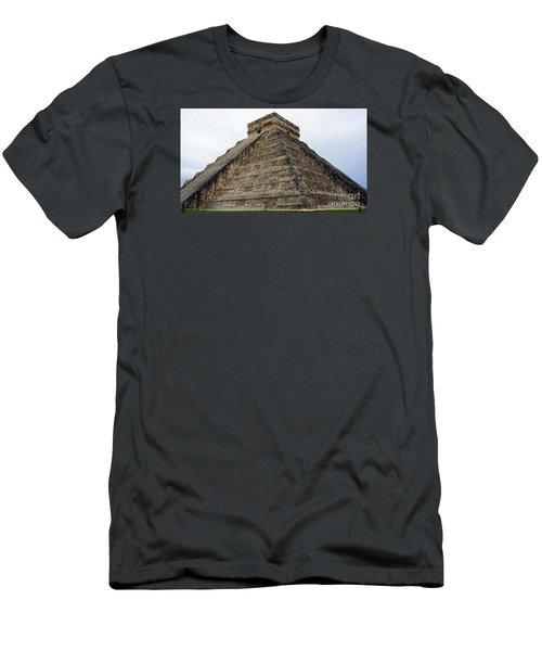 Chichen Itza Ruins 21 Men's T-Shirt (Athletic Fit)