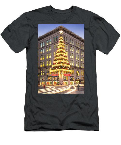 Christmas In Pittsburgh  Men's T-Shirt (Athletic Fit)