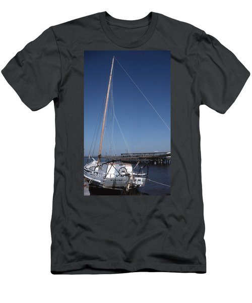 Clarence Crockett Men's T-Shirt (Athletic Fit)