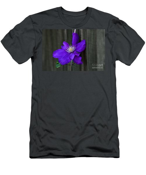 Clematis Climbing A String Men's T-Shirt (Athletic Fit)