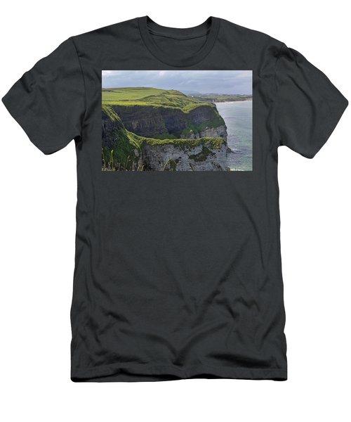 Cliffside Antrim Ireland Men's T-Shirt (Athletic Fit)