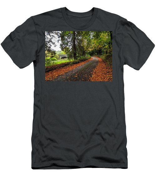 Clondegad Country Road Men's T-Shirt (Athletic Fit)