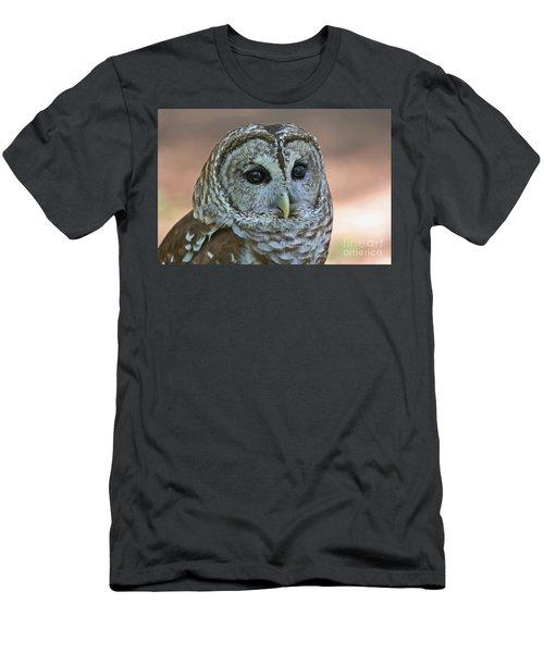 Closeup Of A Barred Owl  Men's T-Shirt (Athletic Fit)