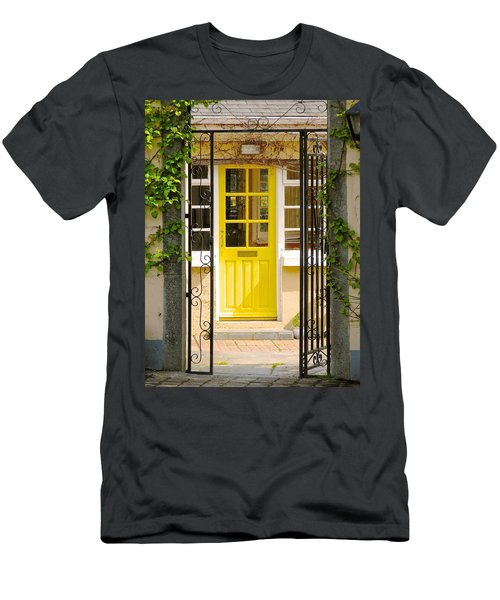 Come On In Men's T-Shirt (Athletic Fit)