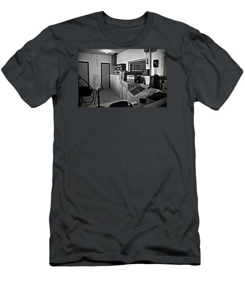 Control Room In Alcatraz Prison Men's T-Shirt (Athletic Fit)