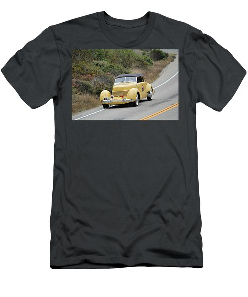 Cord 812 Phaeton On Tour Men's T-Shirt (Athletic Fit)