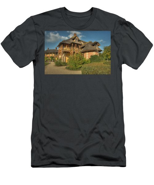 Cottage Versailles Men's T-Shirt (Athletic Fit)