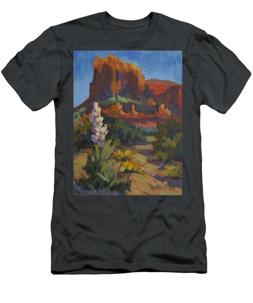 Courthouse Rock Sedona Men's T-Shirt (Athletic Fit)
