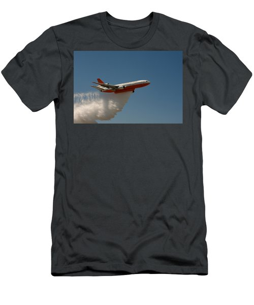 Dc 10 Air Tanker Men's T-Shirt (Athletic Fit)
