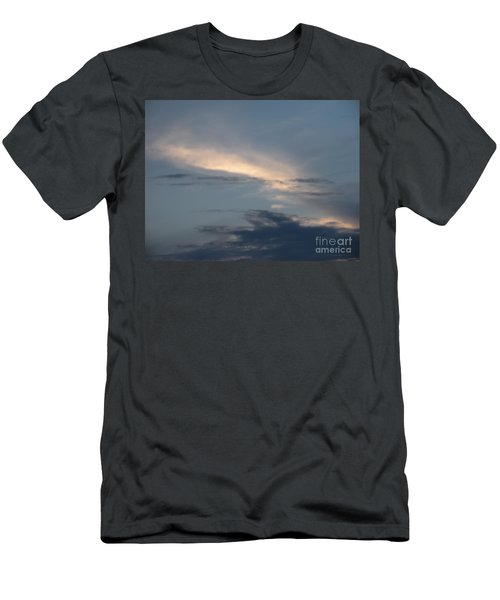 Dramatic Skyline Men's T-Shirt (Athletic Fit)