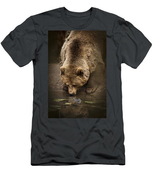 Drinking Brown Bear Men's T-Shirt (Athletic Fit)