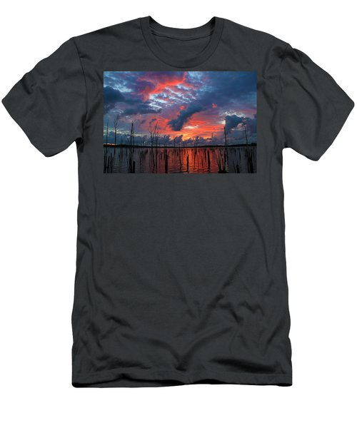 Early Dawns Light Men's T-Shirt (Athletic Fit)
