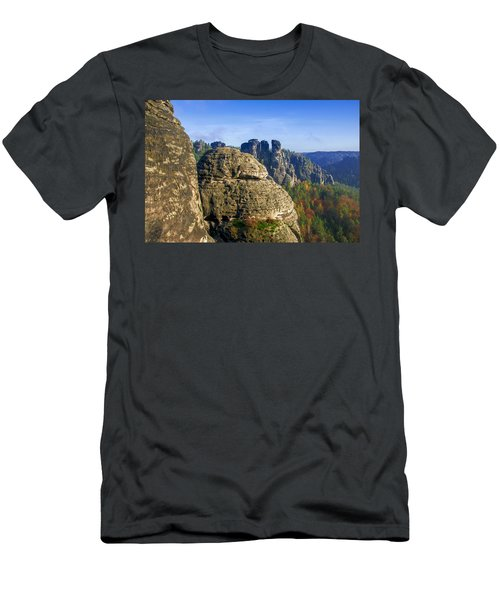 Early Morning On Neurathen Castle Men's T-Shirt (Athletic Fit)