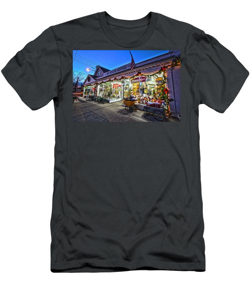 East Moriches Hardware Men's T-Shirt (Athletic Fit)