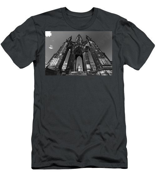 Edinburgh's Scott Monument Men's T-Shirt (Athletic Fit)