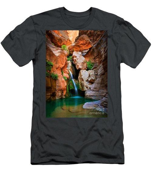 Elves Chasm Men's T-Shirt (Athletic Fit)