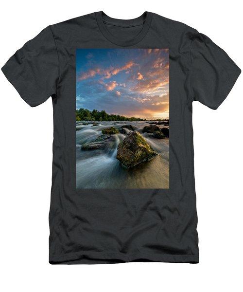 Eriador Men's T-Shirt (Athletic Fit)