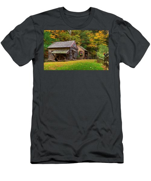 Fall Down On The Farm Men's T-Shirt (Athletic Fit)
