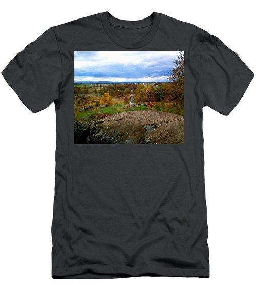 Fall In Gettysburg Men's T-Shirt (Athletic Fit)