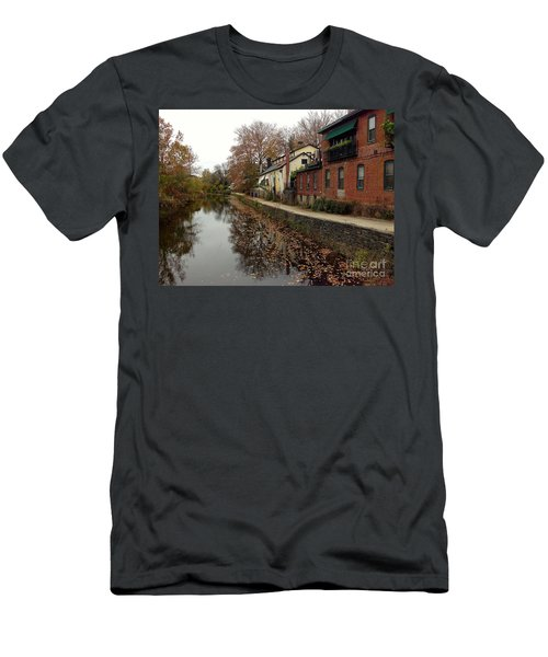 Fall On The Canal Men's T-Shirt (Athletic Fit)