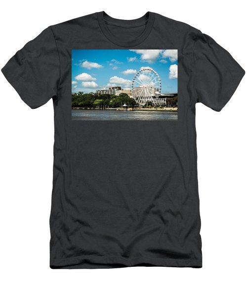 Ferris Wheel On The Brisbane River Men's T-Shirt (Athletic Fit)