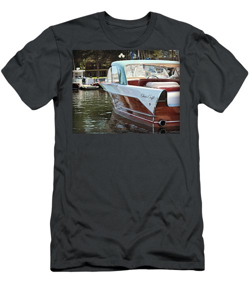 Finned Chris Craft Men's T-Shirt (Athletic Fit)