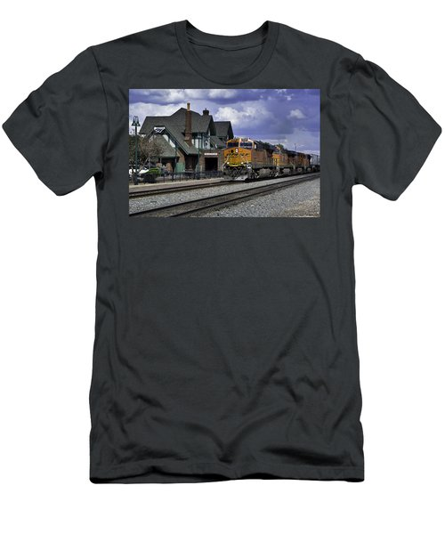 Flagstaff Station Men's T-Shirt (Athletic Fit)