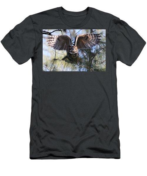 Flying Blind - Great Horned Owl Men's T-Shirt (Athletic Fit)