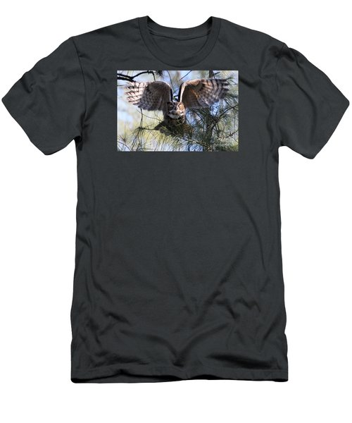 Flying Blind - Great Horned Owl Men's T-Shirt (Athletic Fit)