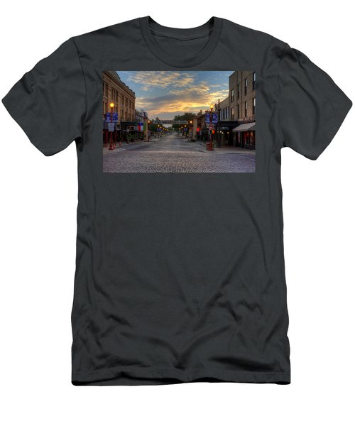 Fort Worth Stockyards Sunrise Men's T-Shirt (Athletic Fit)