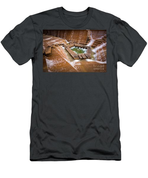 Fort Worth Water Gardens Men's T-Shirt (Athletic Fit)