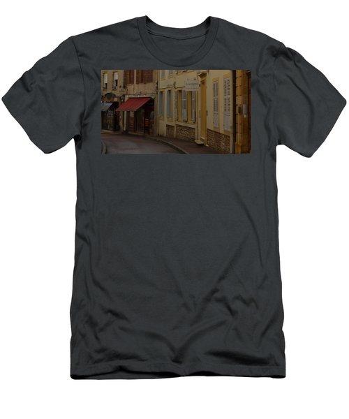 French Laneway Men's T-Shirt (Athletic Fit)