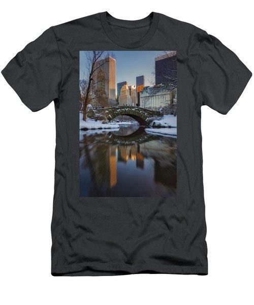 Gapstow Bridge Men's T-Shirt (Athletic Fit)