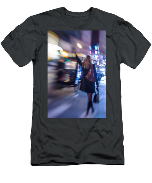 Girl Catching A Taxi In Manhattan Men's T-Shirt (Athletic Fit)